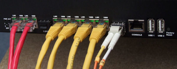 Vigor 3900 Quad-WAN Firewall - Front panel